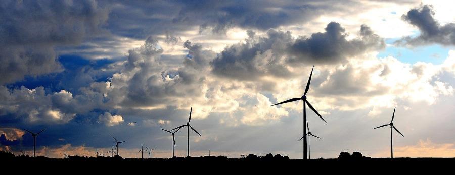 wind-turbine-286257_1920